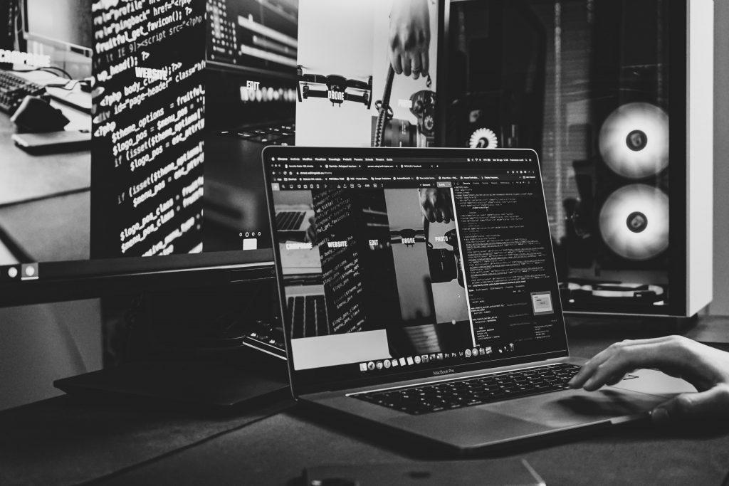 Programavimas - geriausia siu laiku profesija